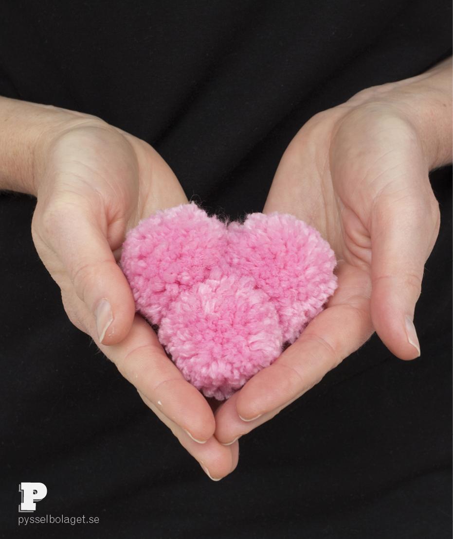 Pompom hearts 9