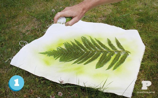 Fabric_spray_paint_PB_2013_3