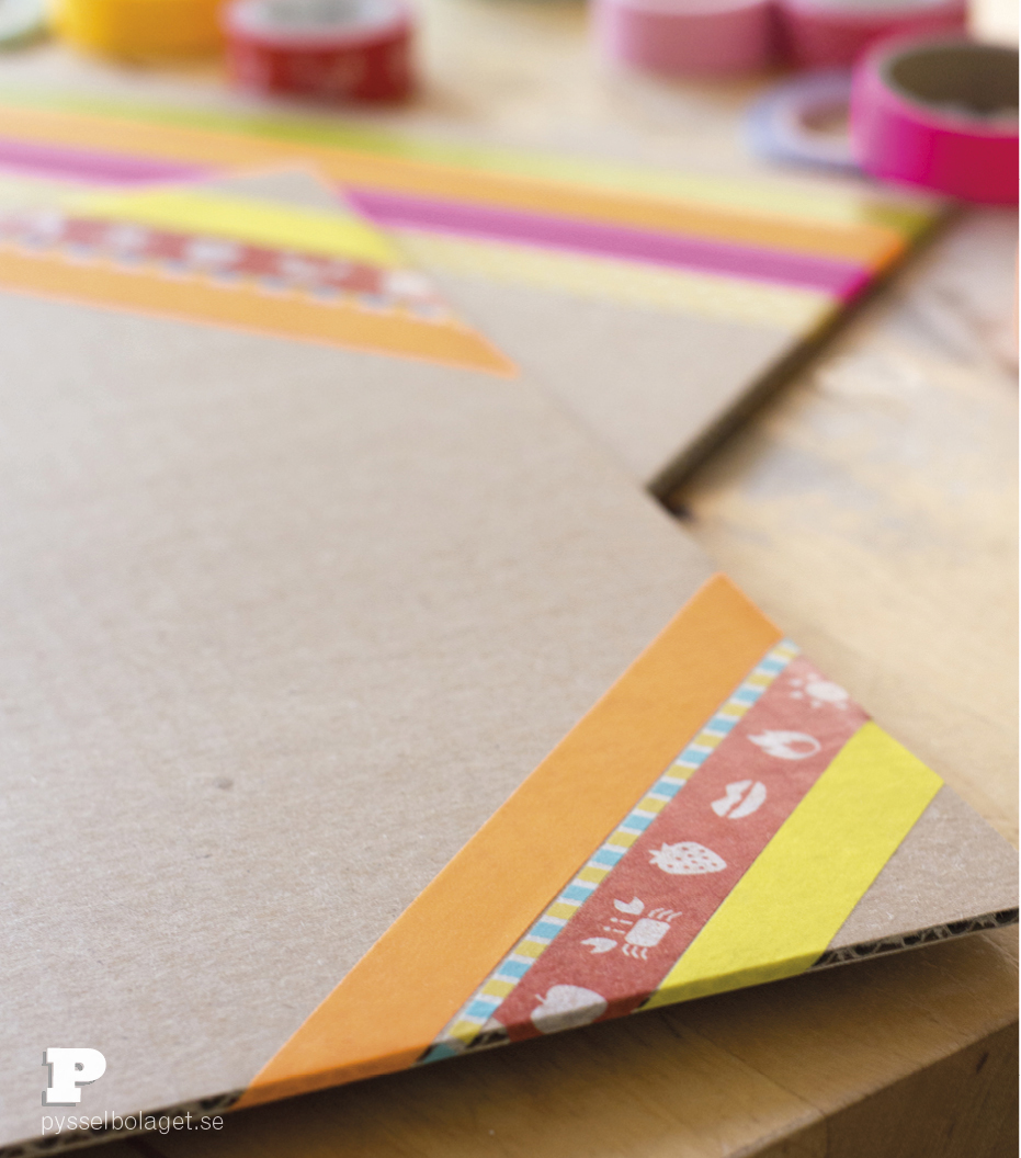 Cardboard placemats 3