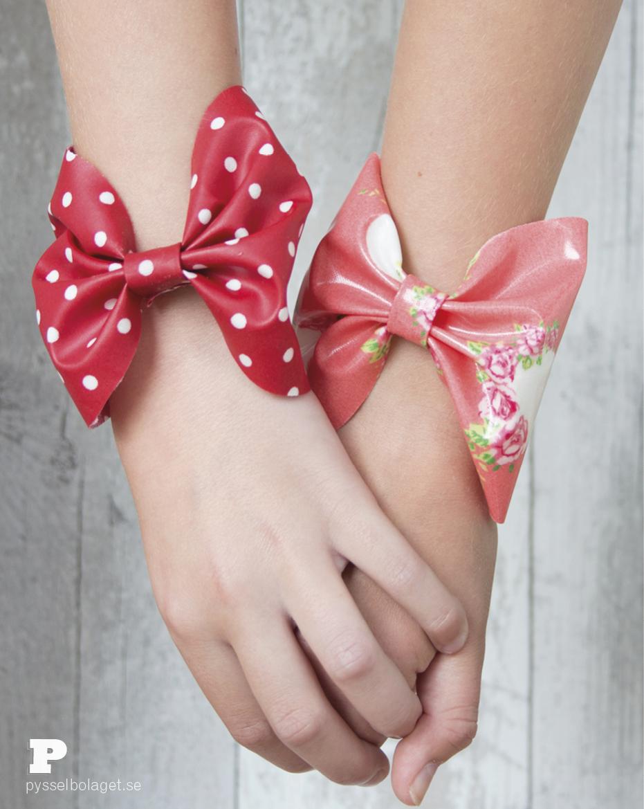 Oilcloth bracelets 6